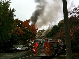 Apartment_fire_-_Parkfairfax,_Alexandria,_VA_(4055097795)