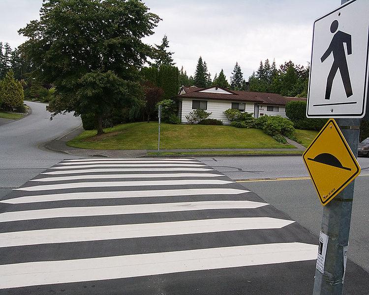 750px-Raised_crosswalk_1