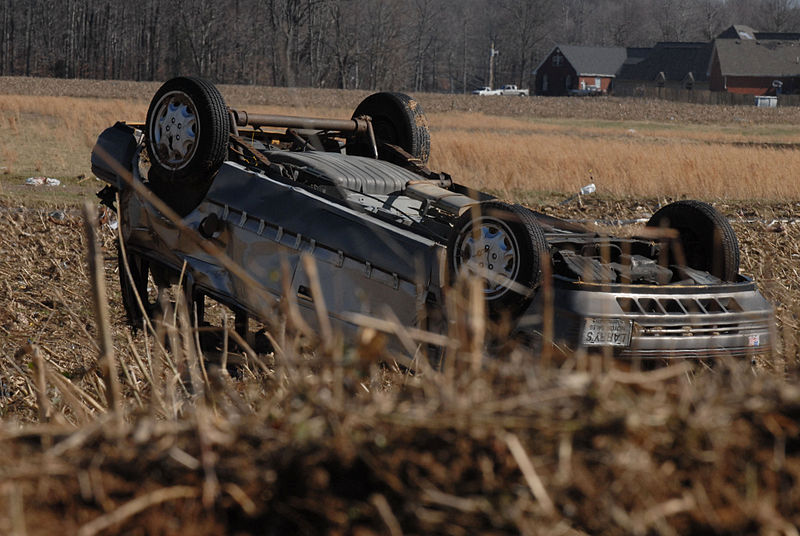 800px-FEMA_-_34115_-_Overturned_car_in_a_field_in_Tennessee