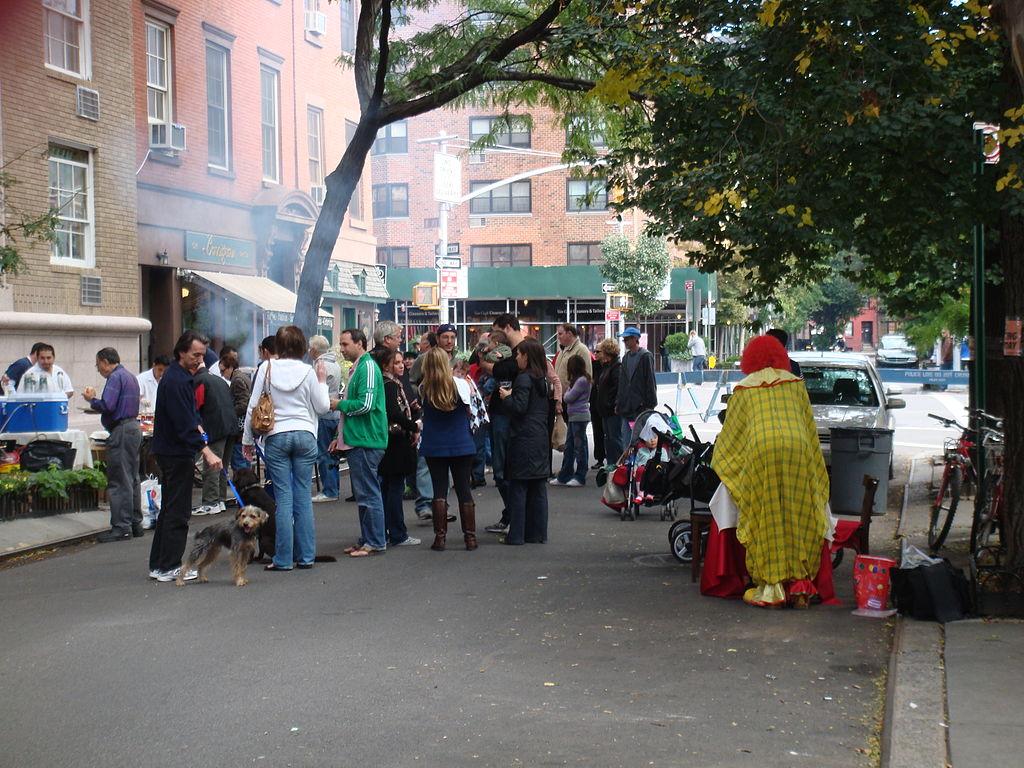 Block_party_Manhattan_October_4_2008