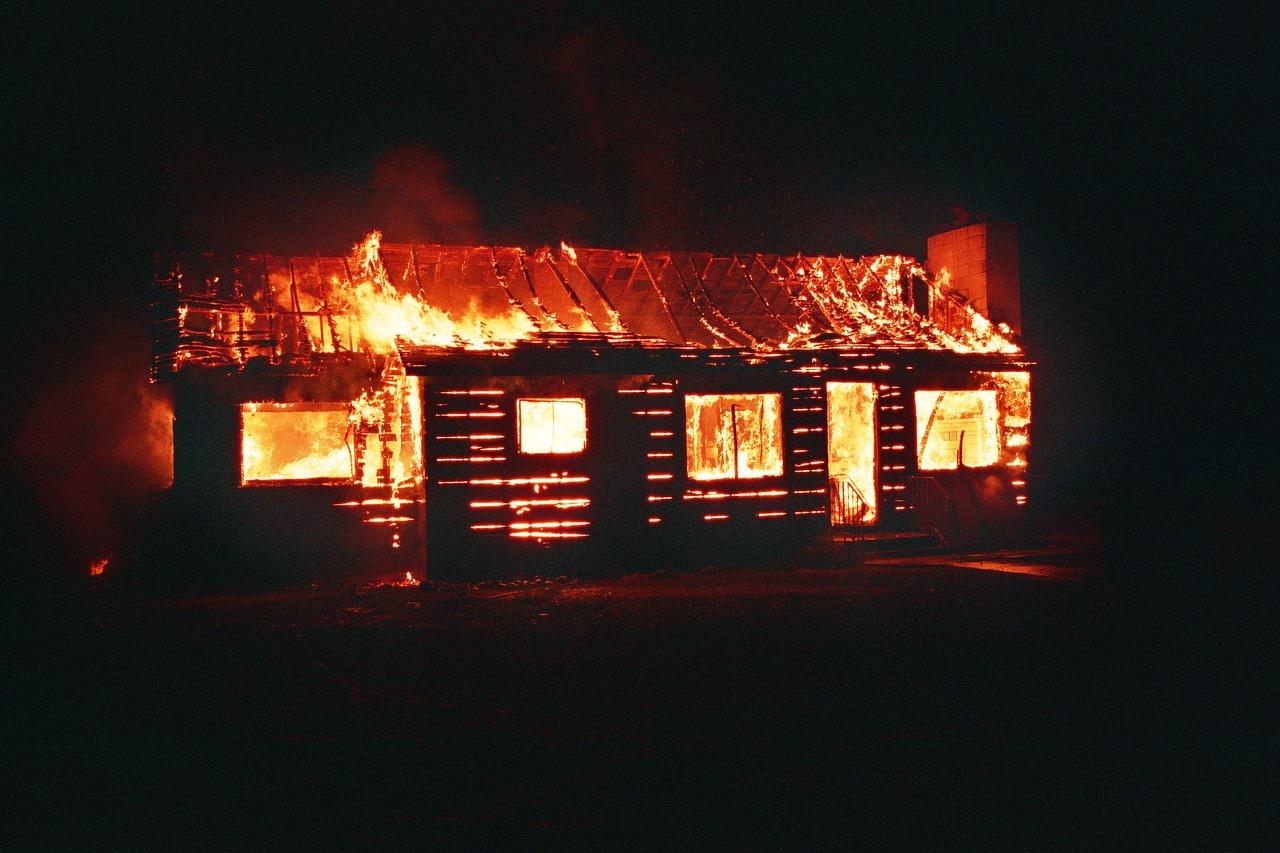 burn-1851563_1280