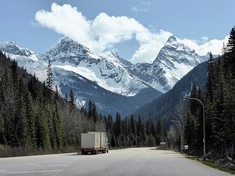 Four Top Reasons Truck Accidents Happen - AutoAccident.com