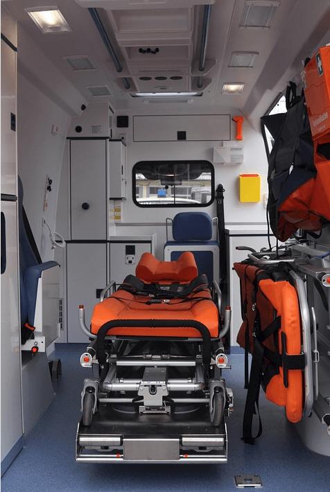 Auburn Crash Hospitalizes One