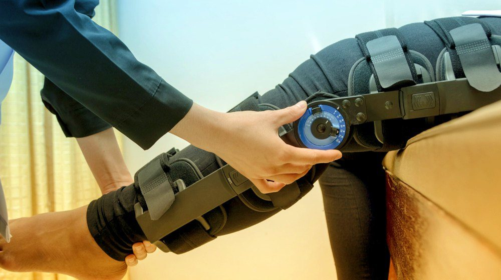 Knee Ligaments Injuries | Causes and Treatments For ACL or PCL Injury
