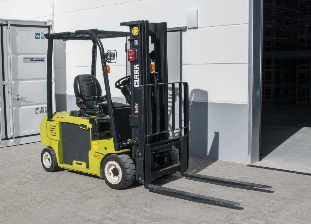 Tips for Safe Loading in a Forklift