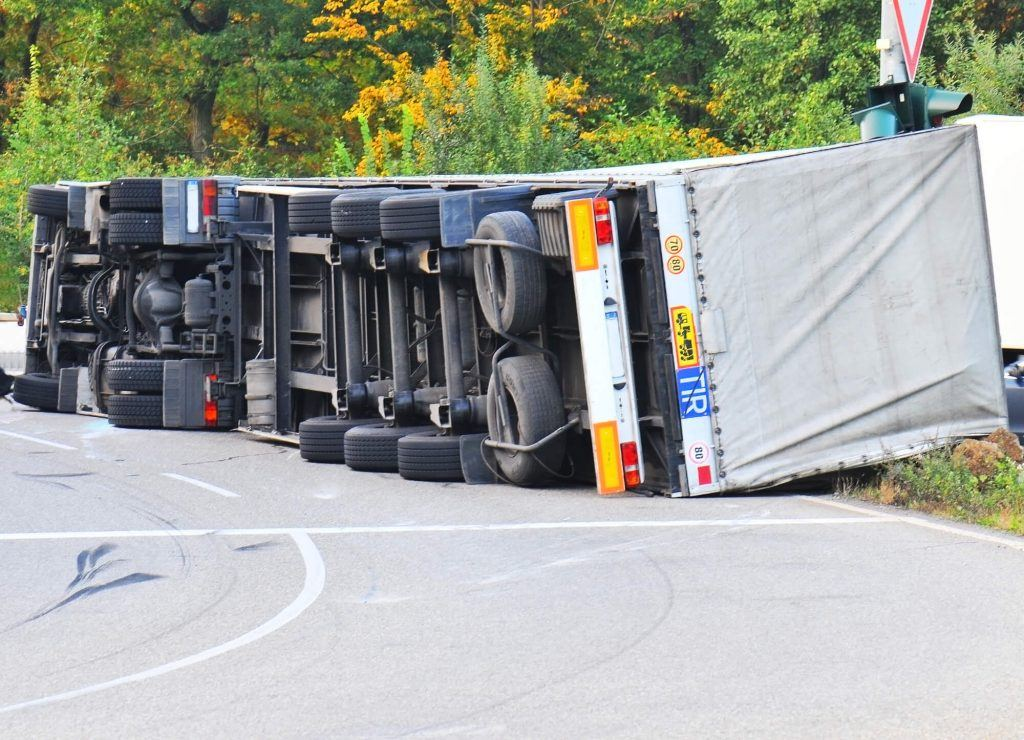 Truck Accidents Related to Braking or Jackknifing
