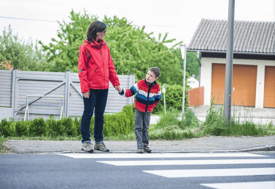 Auburn Pedestrian Safety Tips