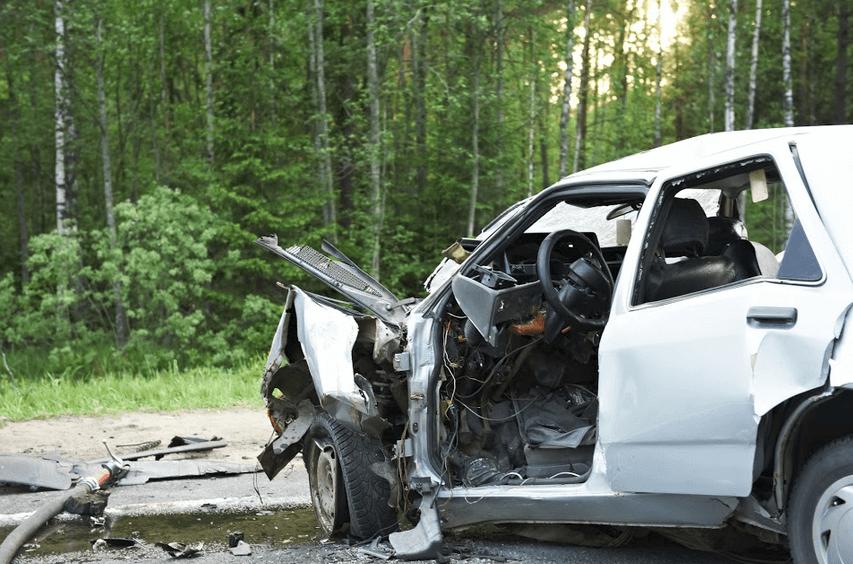 Major Injuries Suffered in Eureka Crash