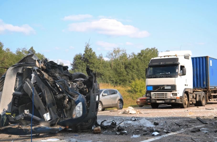 Big-Rig Crash Causes Major Injuries near Redding