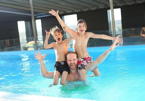 Guide to Swimming Pool Electrical Safety