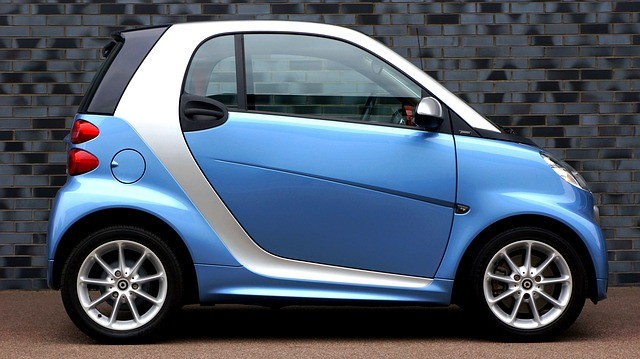 How Safe is a Smart Car in a Crash
