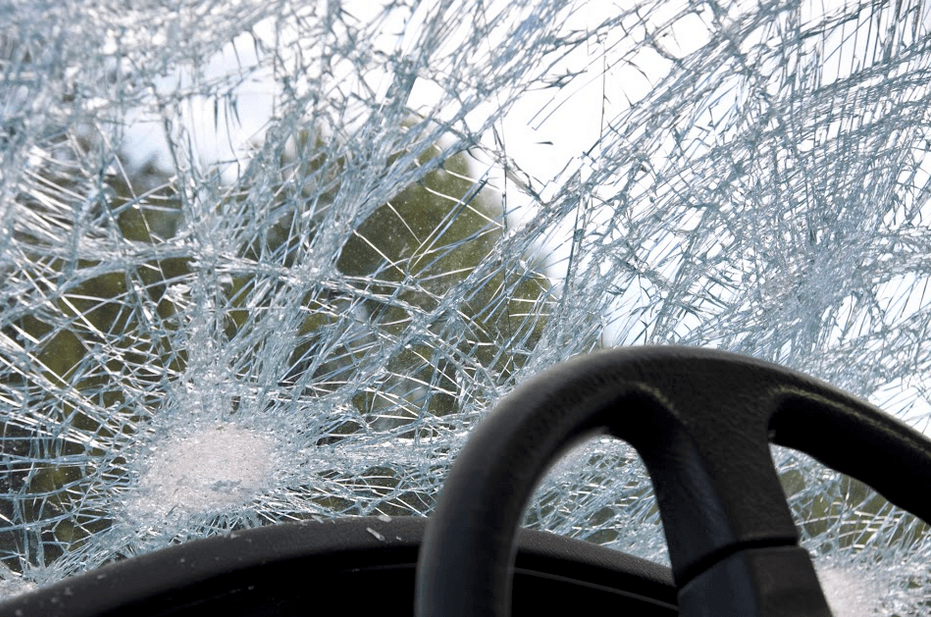 Auburn Man Trapped After Grass Valley Crash
