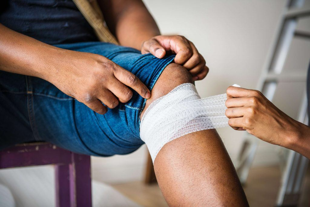 The Difference Between a Sprain and a Strain