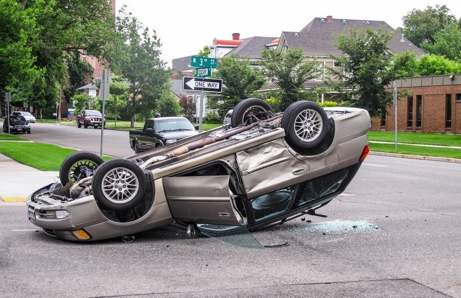 Two Teenagers Injured in Modesto Rollover