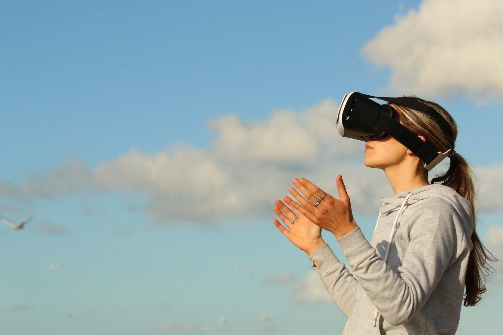 Virtual Reality: A New Treatment Options for Chronic Pain