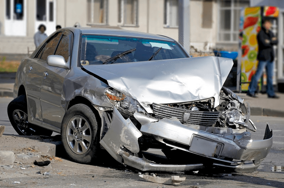 One Injured During Single-Vehicle Crash in Fairfield