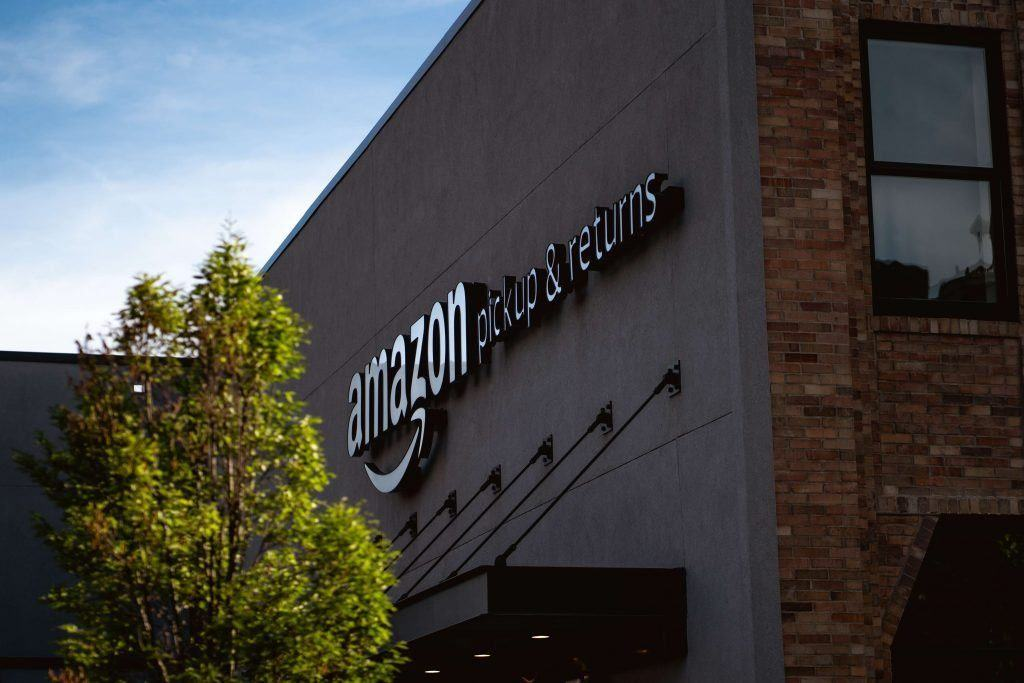 Amazon Truck Driver Files Lawsuit Against Retail Giant