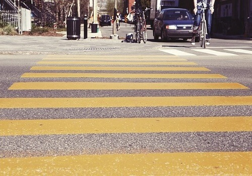 Pedestrian Injured in Roseville Crosswalk