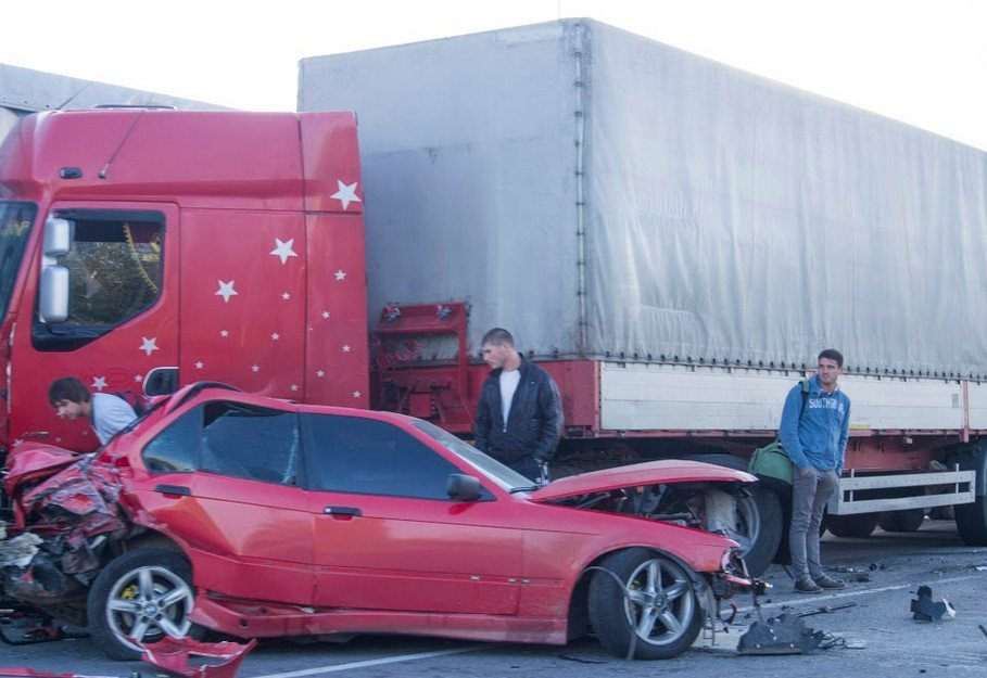 Two Injured in Vacaville Big-Rig Crash