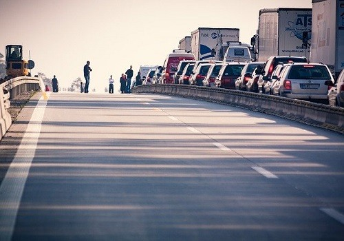 Jackknifed Truck on Interstate 5 Stalls Traffic