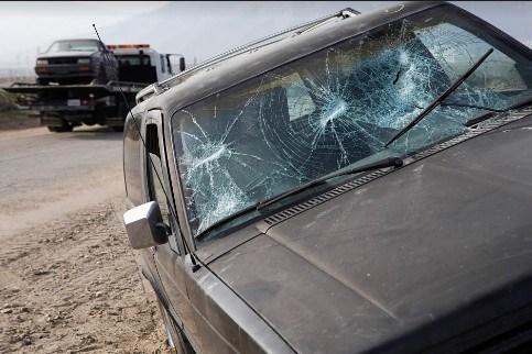 Three People Injured in Dixon Hit-and-Run