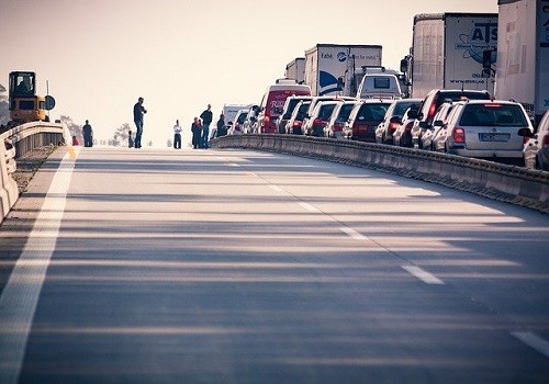 Jackknifed Tractor-Trailer Causes Sacramento Traffic Jam