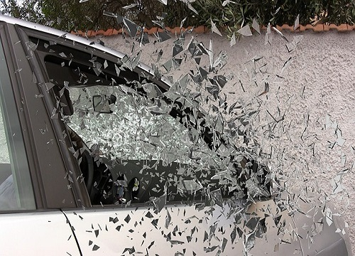 shattered auto glass in major injury accident