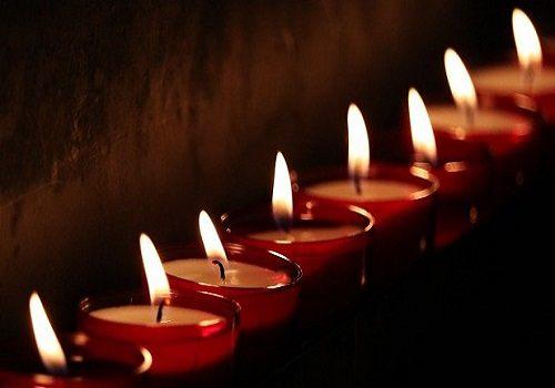 Candles for Greg Knapp
